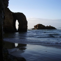 arch-from-beach